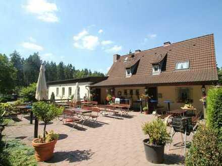 **Campingplatz mit Gastronomie und Wohnhaus - idyllisch gelegen am Wiesbüttsee **
