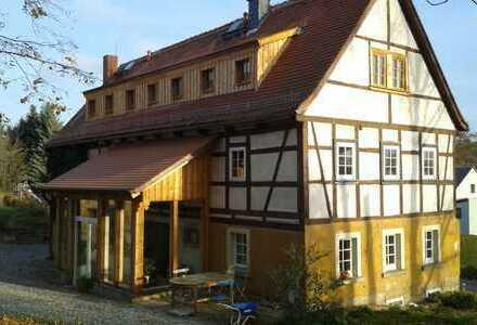 Hochwertig sanierter 2-Seitenhof mit 1,8ha Land vor den Toren von Dresden