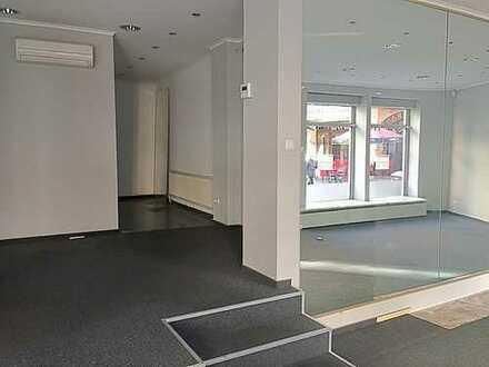 Ladengeschäft/Showroom mit großer Schaufensterfront im Herzen der City