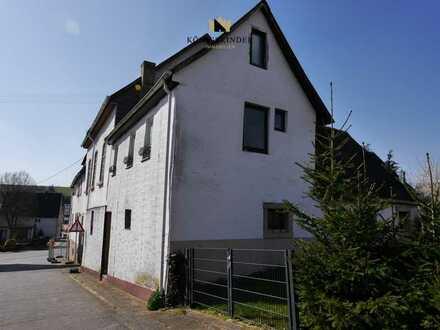 Denkmalgeschützte, ehemalige Gaststätte mit Nebengebäuden und Innenhof, ideales Steuerobjekt