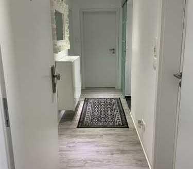 Vollständig renovierte 3-Zimmer-Wohnung mit EBK in Eningen