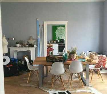 Stilvolle 4-Zimmer-Wohnung mit EBK in Karlsruhe