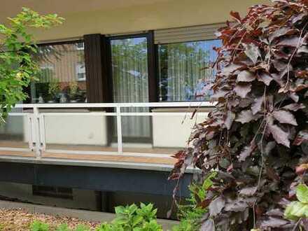 Gepflegte 3-Raum-EG-Wohnung mit Balkon und Einbauküche in Aachen