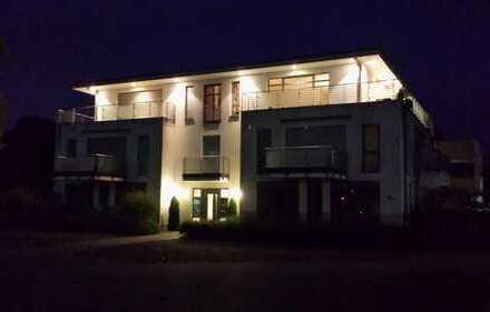 Sehr hochwertige und helle Penthouse Wohnung in einer TOP-Lage von Sankt Augustin