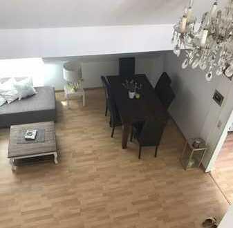 Attraktive 3 Zimmer Wohnung mit offenem Galeriezimmer (Privat Verkauf)