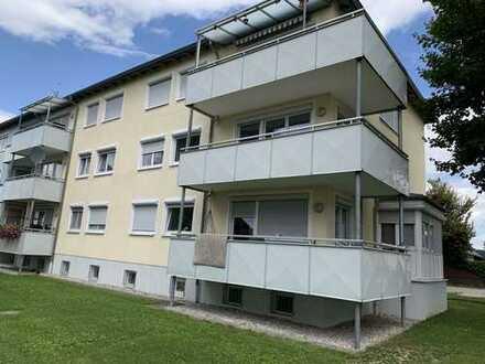Großzügige 3 ZKB mit Balkon im 1. OG