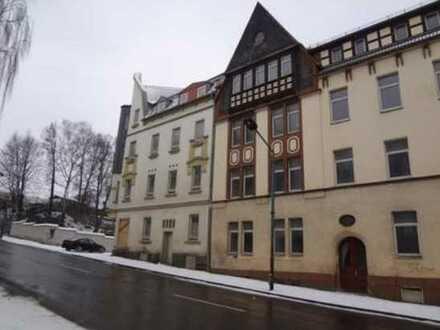 Leerstehende und renovierungsbedürftige 3-Zimmer-Wohnung!