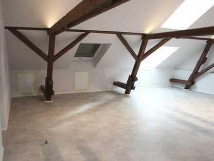 Modernes Dachgeschoss-Apartment in Ismaning - Erstbezug