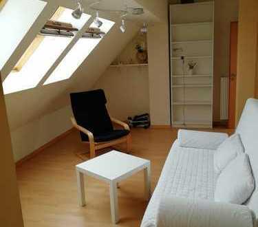 Zimmer für Pendler/ Wochenendheimfahrer im DG mit eigenem Zugang