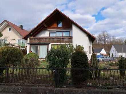 Saniertes Einfamilienhaus in Neuburg a. d. Donau mit liebevoll angel. Garten
