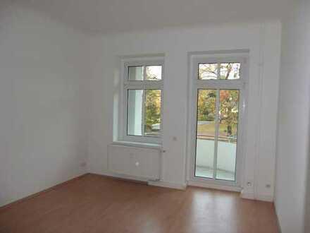 FAMILIENFREUNDLICHE 3-Zimmer-Wohnung in Seenähe mit Park gegenüber