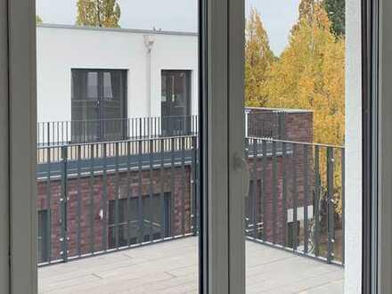Mit Kind & Kegel. Im Grünen am Blauen. DG mit großer Dachterrasse. Neubau-Erstbezug...