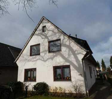 Vier-Zimmer-Wohnung mit Küche und Balkon in Horn-Lehe