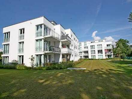 Schöne 3 Zimmer Wohnung im Hinterhof mit Balkon