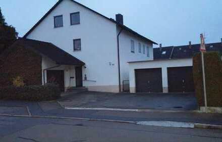 Sanierte 4,5-Zimmer-Wohnung mit Balkon und EBK in Gundelfingen