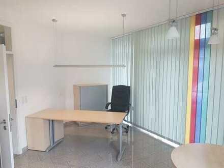 Praxisräume - Büroräume zu vermieten