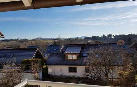 Erstbezug nach Sanierung: ansprechende 3-Zimmer-Wohnung mit Balkon und Bergsicht in Kempten (Allgäu)