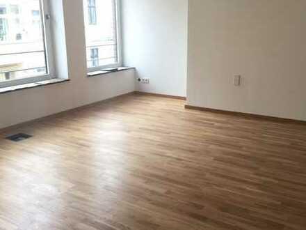 *Stadtteil Giebichenstein*Aufwendig renovierte 3-Raumwohnung*Terrasse*
