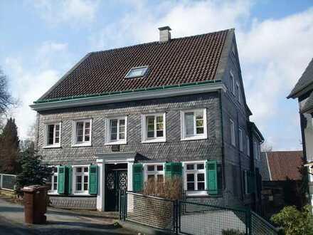 Wohnen im historischen Stadtkern - 3 Zim.-Dachgeschoss in guter Wohnlage