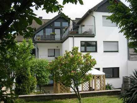 Erstbezug nach Sanierung: exklusive 1-Zimmer-Wohnung mit Einbauküche und Balkon in Kerpen-Blatzheim