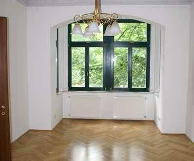 Mehrfamilienhaus mit 4 Mietwohnungen in Halles Bestlage zu verkaufen