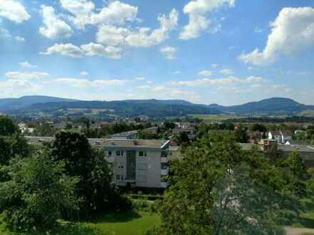 sonnige 3-Zi-WG mit 84 m² Wfl, Balkon, Garage und PKW-Stellplatz