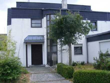 Schönes WGZimmer in Hallstadt/Bamberg Nähe Fa.Brose ab 15.06. frei