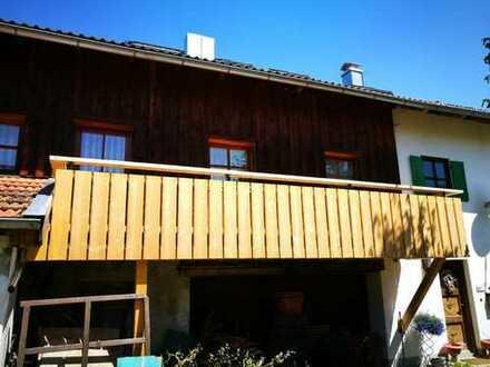 Gepflegte 2-Zimmer-Wohnung mit Balkon und Einbauküche in Bernbeuren