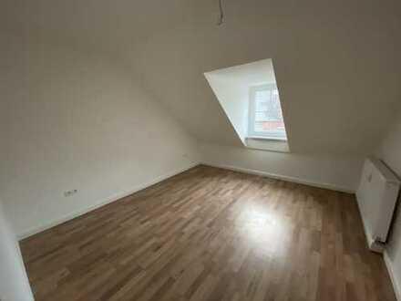 Schöne 2-Zimmer Daschgeschosswohnung!