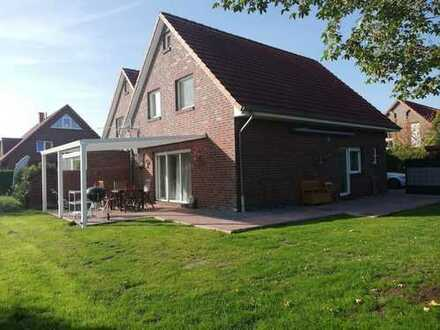 Ohne Provision. Schönes frisch renoviertes Haus mit vier Zimmern in Wilhelmshaven, Schaar