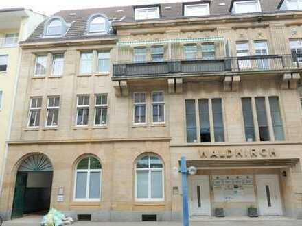 Schöne und freundliche 7 Büroräume in Top Lage! Stilvoll und repräsentativ in LU City.