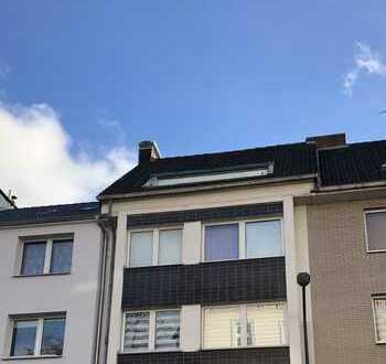 Solides Mehrfamilienhaus mit Gewerbe in Aachen Frankenberger Viertel
