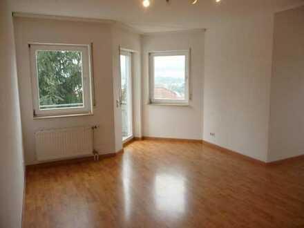 Schöne 3-Zimmer Wohnung in ruhiger Lage mit Balkon