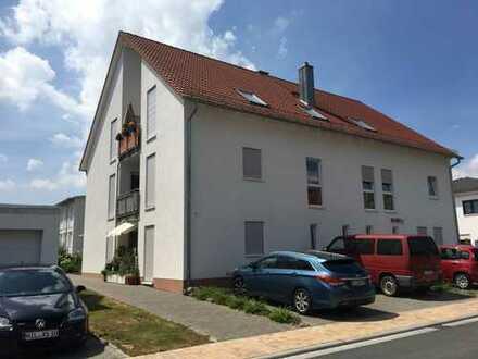 Neuwertige 3-Zimmerwohnung inkl. 2 Pkw-Stellplätze