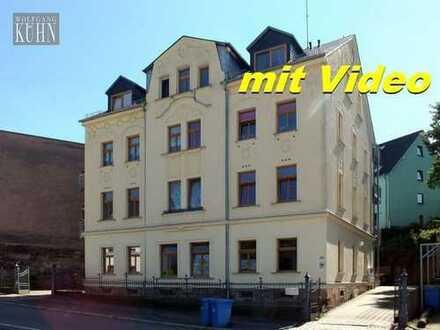 Helle freundliche Wohnung mit Laminat, Balkon, Abstellraum