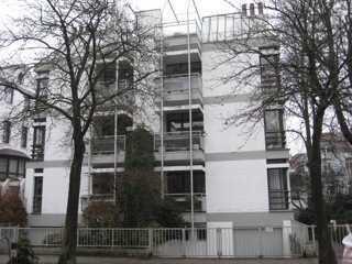4 Zi. Whg. Balkon, Fahrstuhl, Keller direkt am Park