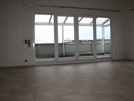 Penthouse mit 3 Zimmern und Hauswirtschaftsraum in Holzgerlingen