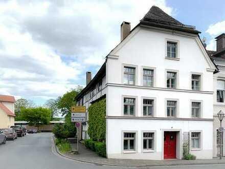 500 Jahre altes, denkmalgeschütztes Fachwerkhaus in Höxter (Altstadt) zu verkaufen