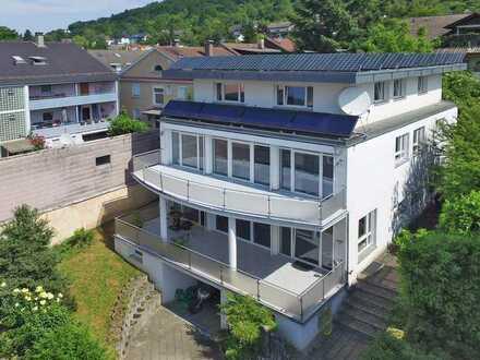 Komfortables Wohn- und Geschäftshaus vom Architekten