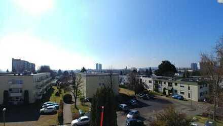 Helle, sonnige und renovierte 3-4 Zimmer Wohnung in Stuttgart, Möhringen