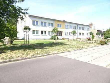 Verkauf eines gewerblichen Objektes bestehend aus Bürogebäude, Garagenkomplex, Lagerhalle