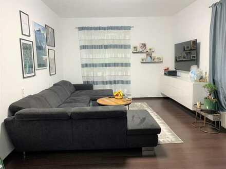 AB-Leider: Gepflegte 2-Zimmer-Erdgeschosswohnung plus 3. Zimmer, Dusche und WC im KG (Maisonette)