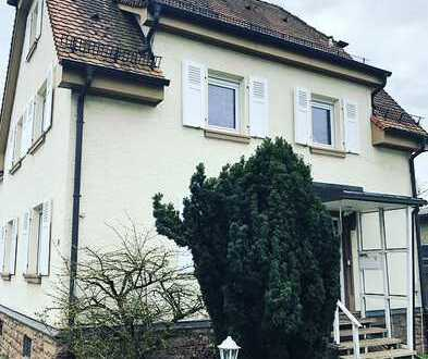 3,5-Zimmer-Wohnung im Zweifamilienhaus mit Garten - nur an Berufstätige - zentrale Lage