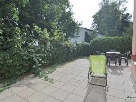 ** gemütliche helle 2 Zimmerwohnung ** - mit EBK - mit Terrasse 20 m²