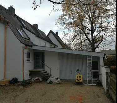 Reihenmittelhaus mit Garten in gepflegter Wohngegend, komplett saniert