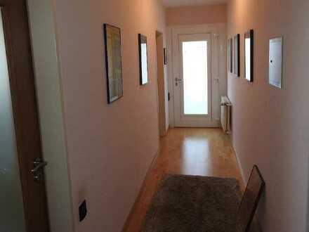 Ideal für Paare und junge Familien - renoviert Wohnung