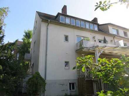 Anlage oder Selbstbezug: Schönes Mehrfamilienhaus 5 WE, Garten, Terrasse, Zentrum 53225 Bonn-Beuel