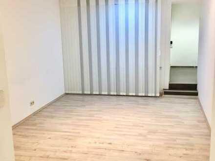 Neuwertige 2-Zimmer Bürofläche/Praxis im Zentrum von Altenkirchen
