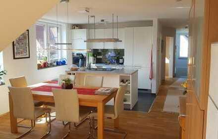 Neuwertige 4-Zimmer-Wohnung mit Dachterrasse in Hattingen
