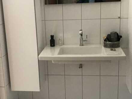 Erstbezug nach Sanierung mit Einbauküche und Balkon: preiswerte 4-Zimmer-Wohnung in Feuchtwangen